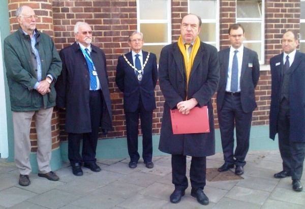 Norman Baker MP, Transport Minister opens the refurbished Horsham Railway station in the presence of the Mayor of Horsham District Council, Chris Burchell, MD of Southern Railways and others including WSRUA and the CRP